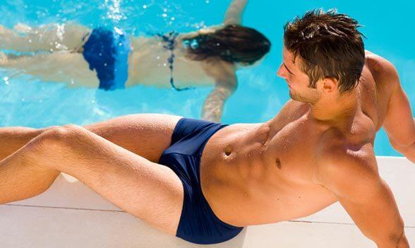 Cloro de la piscina : cómo afecta a la piel y el cabello?
